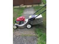 Honda Izy 135 lawn mower