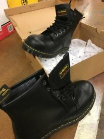 DM safety boots