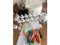 Tommee Tippee Closer to Nature Essentials Sterilisation Set