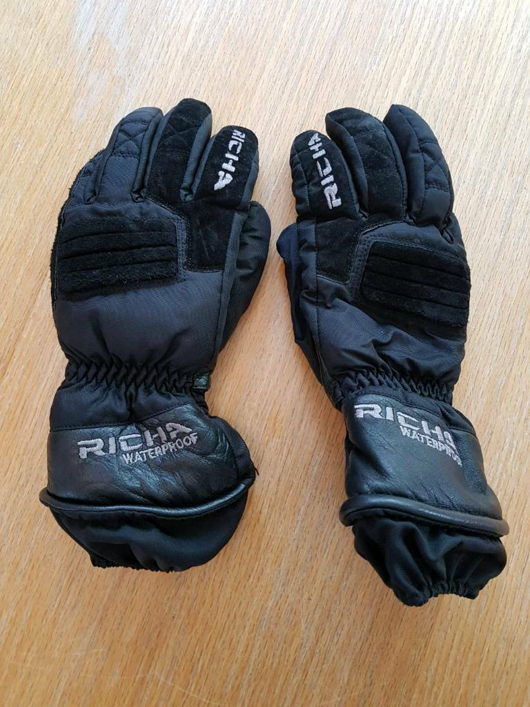 Richa Ladies waterproof motorcycle gloves  Size S