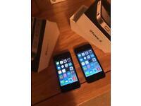 2 X Apple iPhone 4, 32gb On O2- boxed