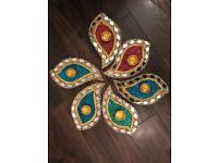 Mehndi plates and accessories
