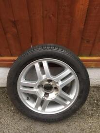 195.50.15 Ford Fiesta alloy with tyre