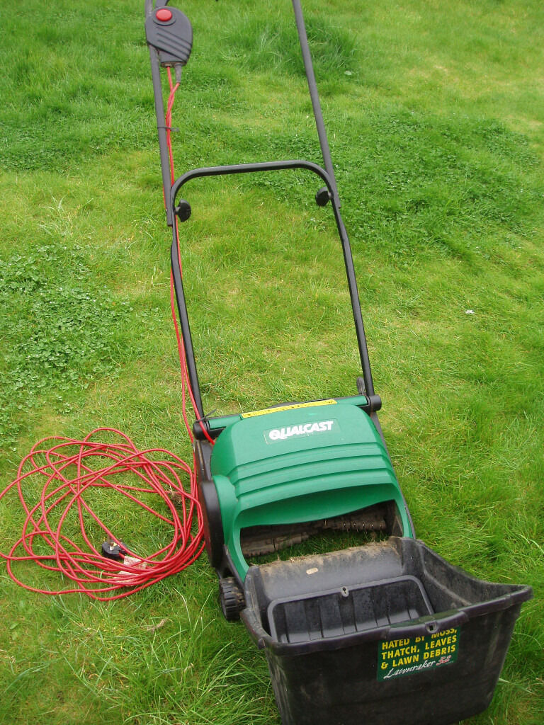 Qualcast raker and scarifier manual lawn