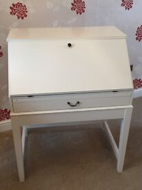 Ikea white Bureau - Great teenagers bedroom homework solution!