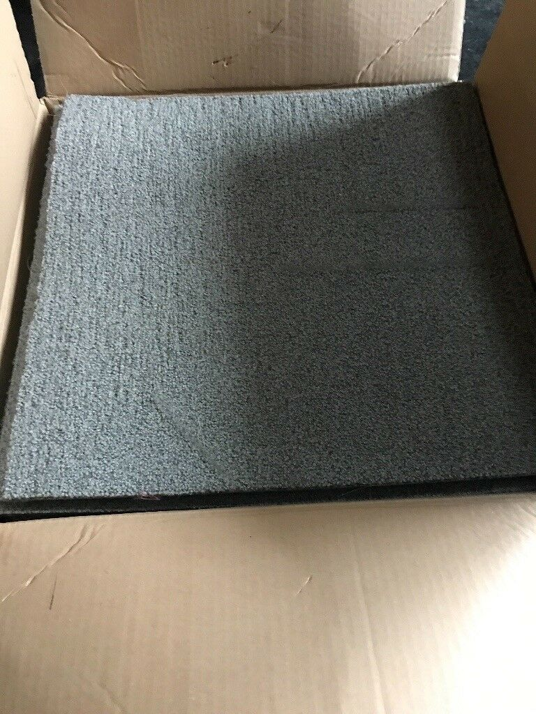 Carpet tiles grey about 20 metres approx pick up only £20