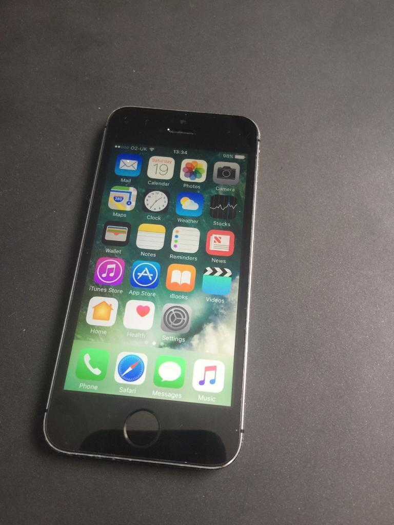 iPhone 5s unlocked 16gbin Bradford, West YorkshireGumtree - iPhone 5s in full working order and in good condition, unlocked to any network no charger included but cheap enough to buy
