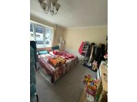 BEAUTIFUL 4 BEDROOM HOUSE TO RENT CLOSE TO HEATHROW