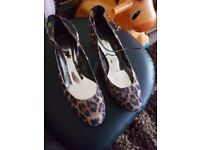 Brand new womens marks and spencers heels size 6