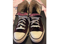 TWO pairs of ladies converse size 7
