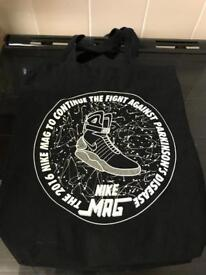 3cadd1dca121 2016 Nike Air Mag tote bag and offspring x Nike vapormax posters for sale