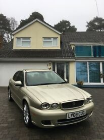 Jaguar X-Type 2.0 D S with FSH, *Mot until Jan 2019*