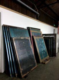 Screen-printing screens