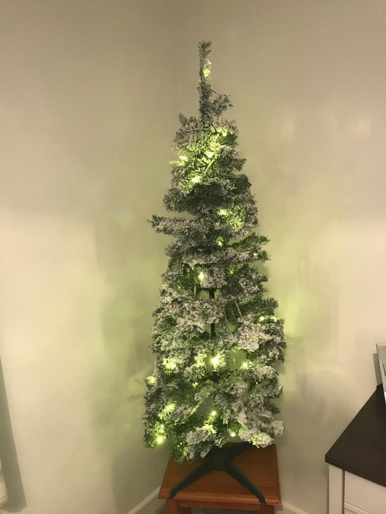Brand New Pop Up Snow Pre Lit Xmas Tree In Llangennech