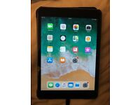 Apple iPad Mini 2, Space Grey, 32GB with cable