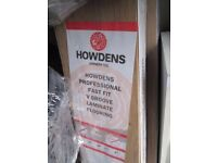 Howdens professional fast fit V groove laminate flooring set 3 with 2.22m2 witch