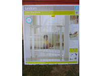 Lindam baby safety gate