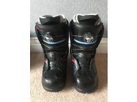 Vans Encore Snowboarding boots
