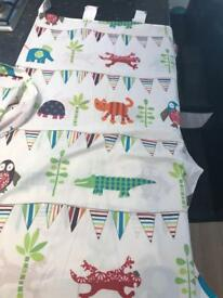 Kiddicare Baby Curtains - Pair for Nursery plus Lamp Shade