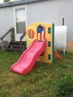 Little tikes slide and climb toy, Delivery included