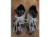 Girls Heeleys wheeled trainers, size 2, excellent condition.