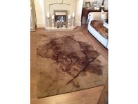 Fab 100% thick wool large rug excellent condition