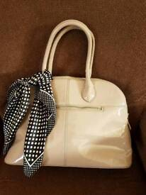 Brand new bag with removable scarf