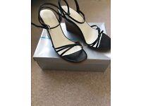 Oasis Wedge heel shoe