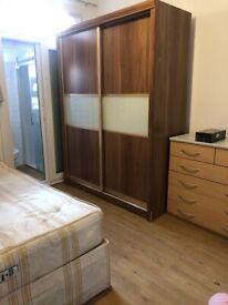 BEAUTIFUL EN-SUITE DOUBLE ROOM AVAILABLE FOR RENT IN HOUNLSOW CENTRAL