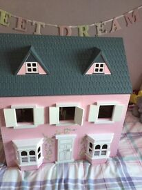 Wooden dolls house, excellent condition