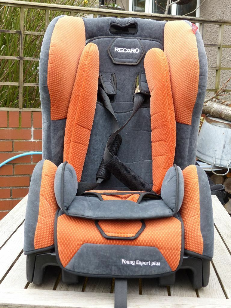 Recaro Young Expert Plus child car seat with isofix base. Group 1, 9 ...