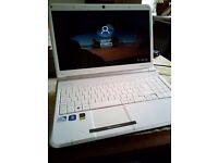 "Laptop Packsrd Bell Intel Pentium 15.6"" 2x 2.10GHz, 4GB RAM , 300GB HD,HDMI"