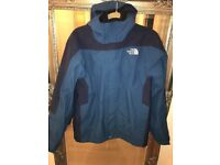 The North Face men's 3in1 jacket, size is S