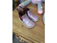 Girls chipmunk boots size 4 infant