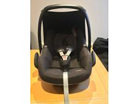 Maxi cosi Pebble baby car seat - Throughly cleaned, excellent condition & smoke and pet free home