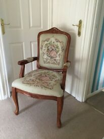 Queen style reproduction chair