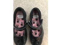 Girls Clark's shoes size 8.5E