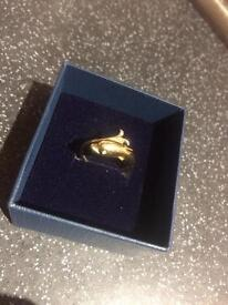9 CT Gold Dolphin Ring