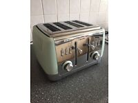 Toaster - Breville matt green 4 slice. Brand new.