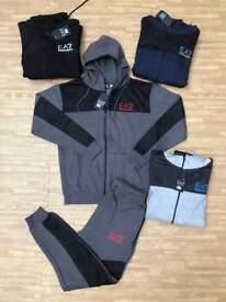 (KING OZY) WHOLESALE CLOTHING LOTS OF DESIGNER TRACKSUITS POLO TSHIRTS TRAINERS AVAILABLE