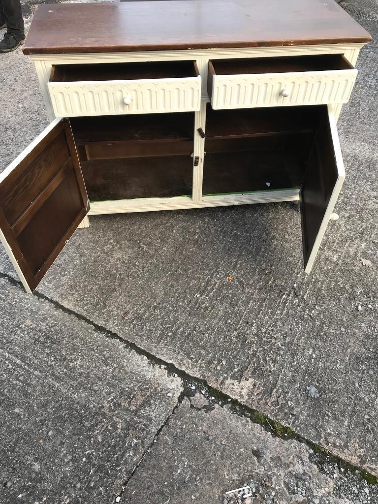 Cream painted drawer unit £45