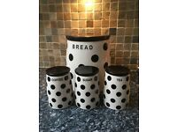 BREAD CROCK & JARS