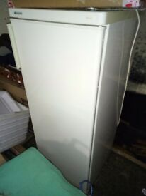 Fridgidaire upright freestanding fridge