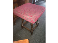 Very Nice Vintage Mahogany Solid Turned Legs Footstool/Pouffe/Stool in a Red Woven Fabric