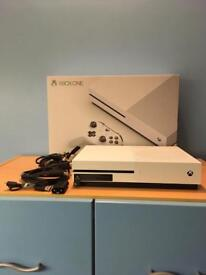 Xbox One S Console (500GB) WITHOUT CONTROLLER.