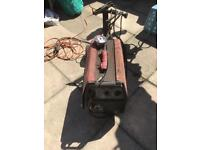 Cobra boxer 155 twin welder gas / gasless on stand will need new wire and gas bottle