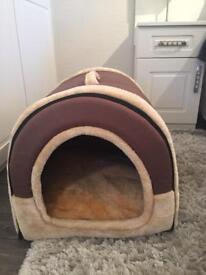 Dog bed/igloo