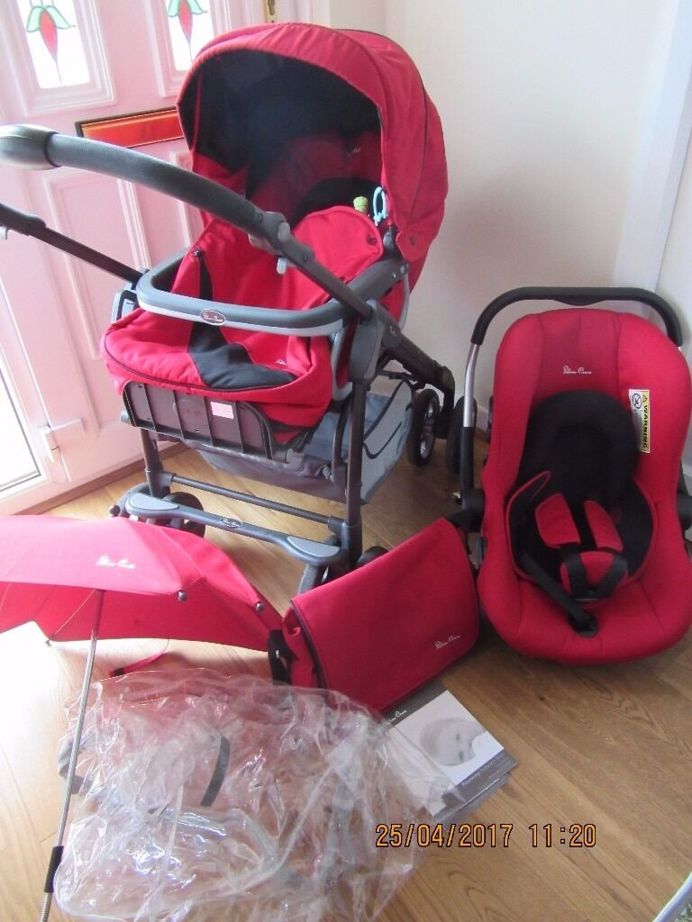Lovely Red Silver Cross Freeway Linear Pram with extra's