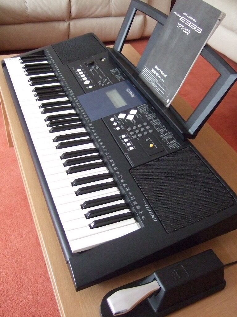 yamaha psr e333 keyboard with pedal in redbridge london