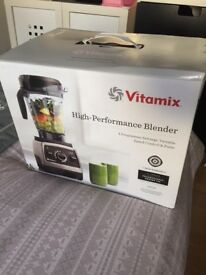 Vitamix blender 750 (brand new)